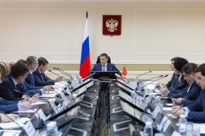 Дмитрий Кобылкин: «Нам нужны крепкие регоператоры с устойчивой финансово-хозяйственной деятельностью.»