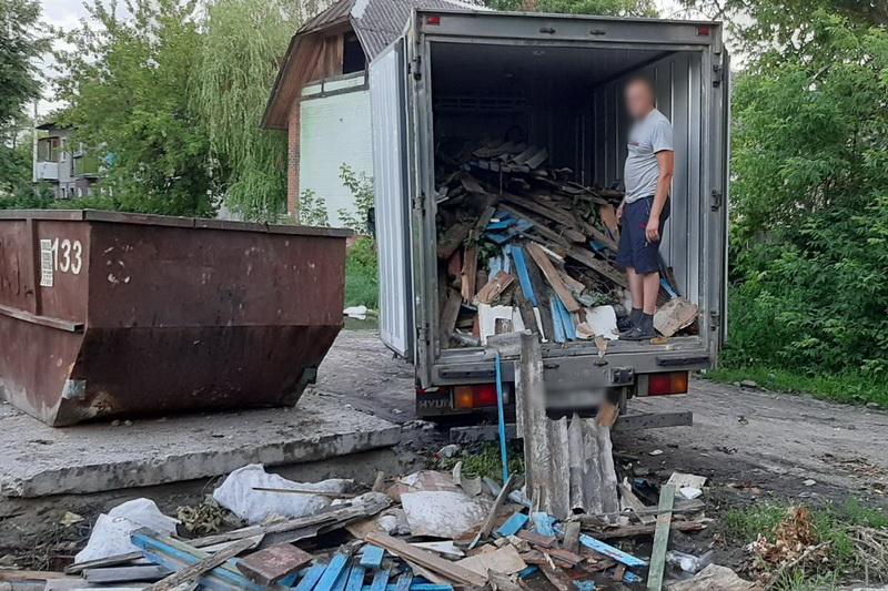 Брянск заполонили несанкционированные свалки